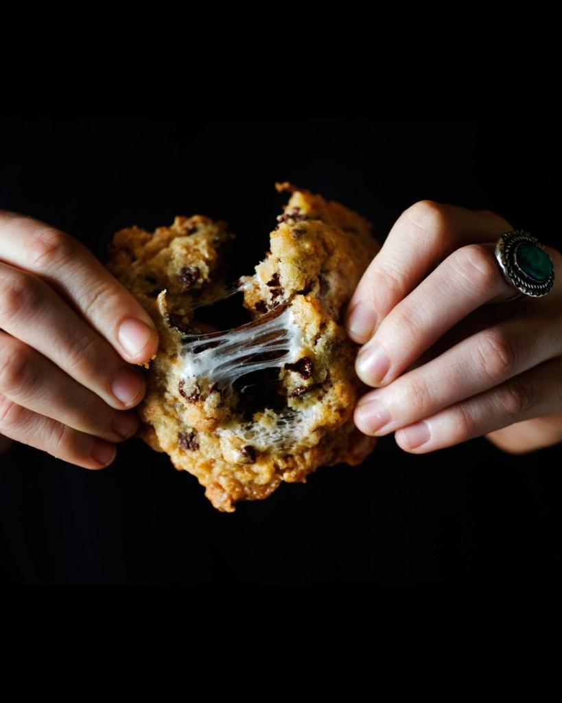 cornflake-cookies-mslb7028_vert